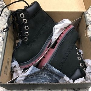 Timberland toddler boys boots size 4